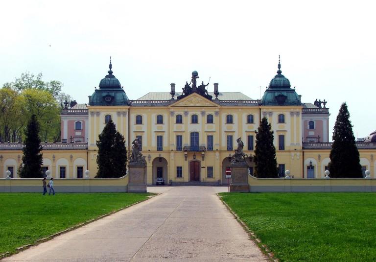 Pałac_Branickich-768x535